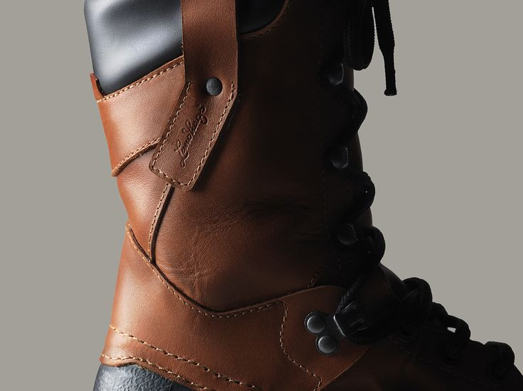 "Vandra high Boot. Modern Design, Full Grain Leather and Nubuck Leather. ""Vandra"" is the name of ""ho hike"" in Swedish."
