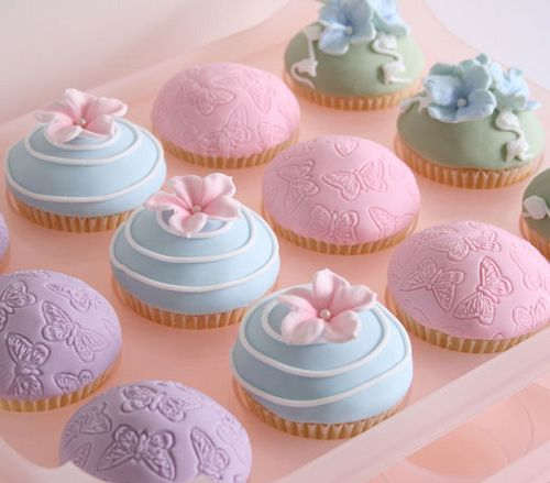 so prettyPastelcolors, Cupcakes Boxes, Food, Cupcakes Art, Pastel Colors, Pastel Cupcakes, Cupcakes Rosa-Choqu, Fondant Cupcakes, Baby Shower