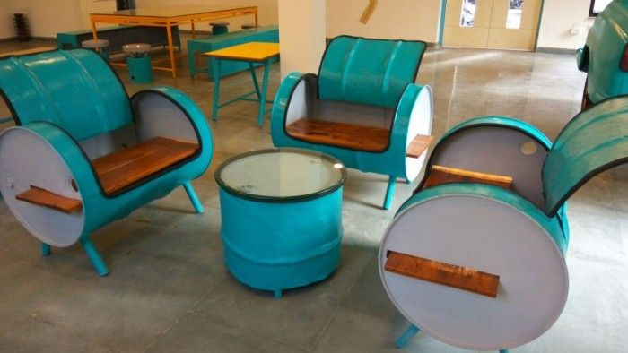 This Energy Café Has Designed Its Interiors With Scrap