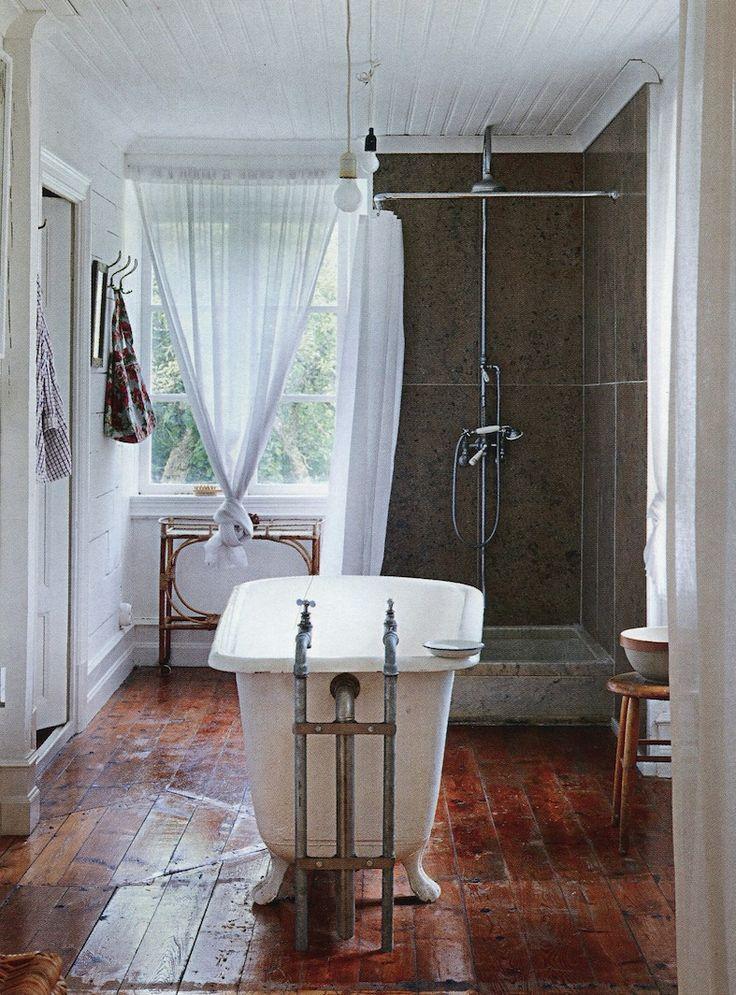 Boho chic bath suite