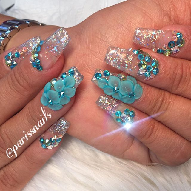 70 Most Beautiful 3d Nail Art Design Ideas For Trendy Girls: Glitter 3D Flower Crystal Clear Nail Art