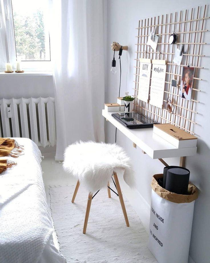 Zeit zu Arbeiten! Ein praktisches Gitter, eine trendige Papiertüte, eine praktische Dekoration …   – ✎Home Office✎ Arbeitsplatz Inspirationen