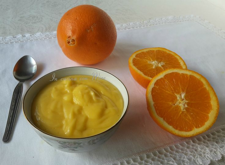 Ottima da gustare al cucchiaio e tanto più per farcire i vostri dolci!!! #incucinaconmire #gialloblogs #ricetta #cremaarancia #good #enyoyCrema pasticcera arancia | In cucina con Mire