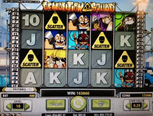 Huge win 32.772€ on NetEnt Demolition squad slot during free games with 80€ bet!
