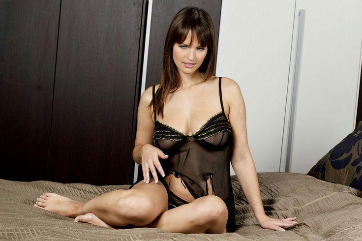 naked anna from frosen