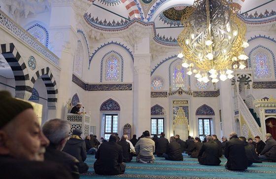Vélemény: Európai iszlám: zsákutca, amely nem is létezik - HVG.hu