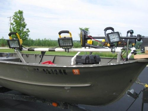 49 best images about boats on pinterest bowfishing for Fishing boat lights