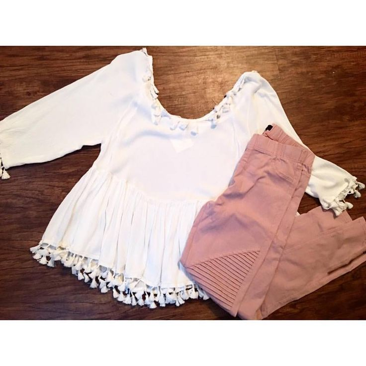 Moto Jeggings & Tassle Tops   #thepinkpeonyboutique #fashion #springfashion #love #instagood #beautiful #photooftheday #cute #ootd #beauty #fashionblogger #fashionista #instafashion #summer #outfit #stylish #instastyle #fashiongram #bestoftheday #shopping #outfitoftheday #motojeggings #tassletop #lookoftheday #fashionable