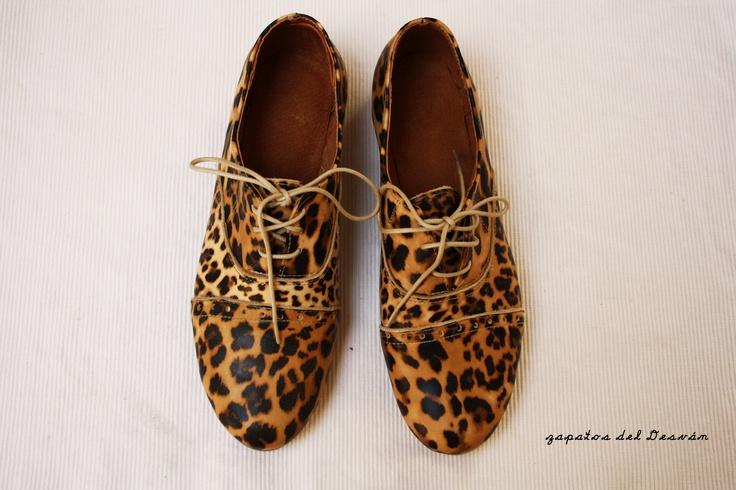 Zapato Oxford Leopardo    by Desván Canela