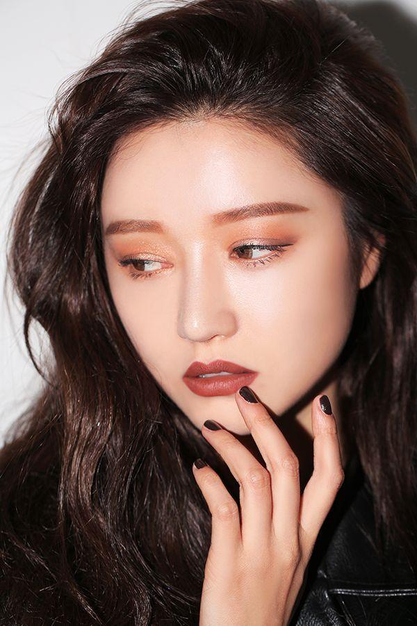 asian-make-up-product-moneytalks-sex