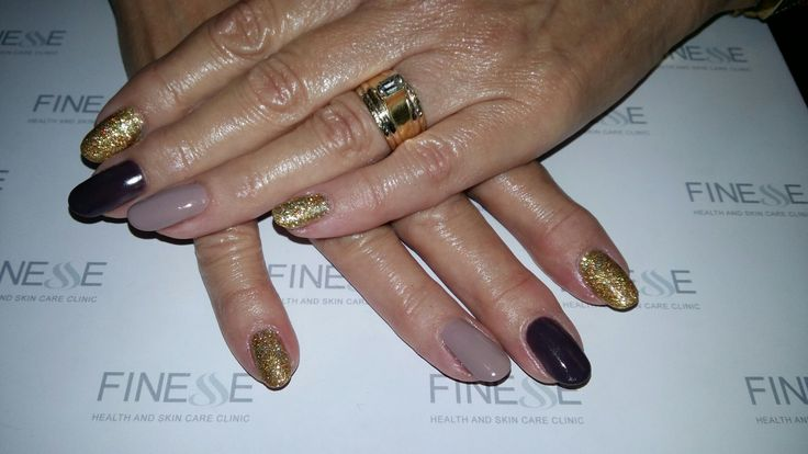 Nude brown gold nail bio sculpture