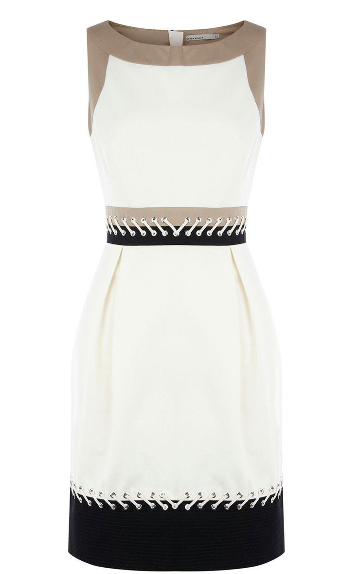 Para quem gosta de vestido branco com pouca estampa esse é essencial!.