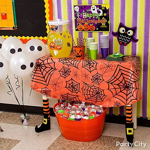 kid friendly halloween decorations friendly ghosts jack o lanterns - Halloween Party Supplies