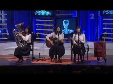 The Kransky Sisters - Stayin' Alive