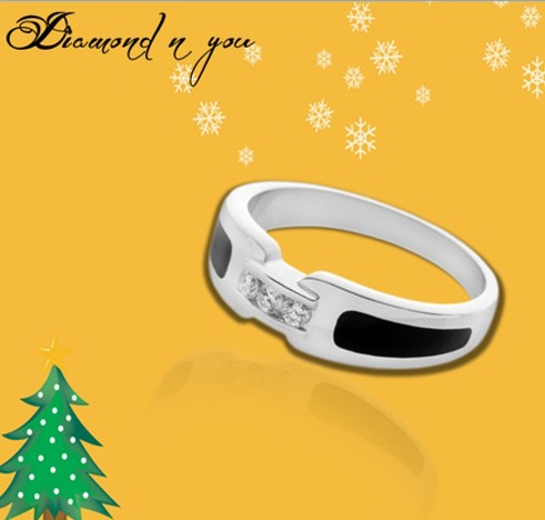 Articulate and smartly crafted, this diamond ring can be your gift for yourself or your lady love for the Christmas. Make her feel on the top of the world with this diamond ring that promises to adore her fingers with love and care. You can check the deal and get it online here: http://www.diamondnyou.com