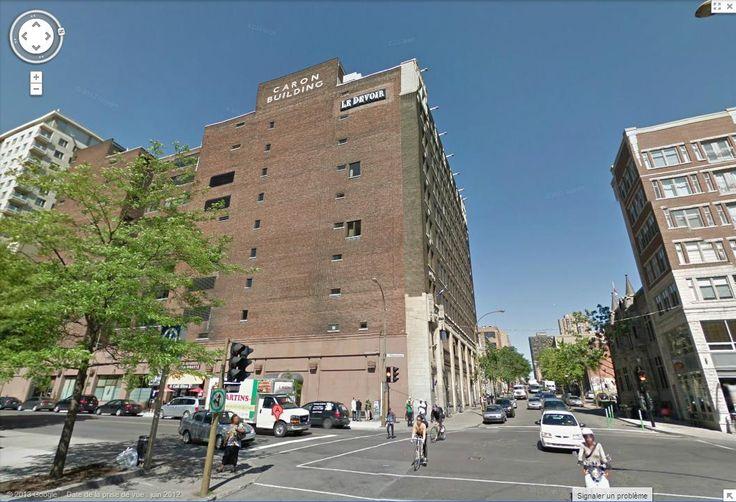 Enseigne du Devoir au 2050 rue de Bleury, Montréal. Capture d'écran de Google map.