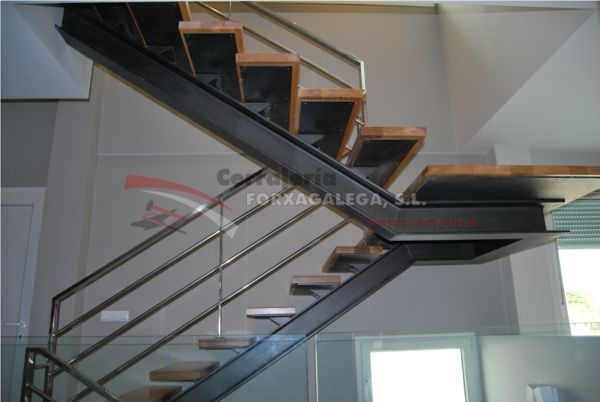 M s de 1000 ideas sobre escaleras metalicas en pinterest for Escaleras metalicas