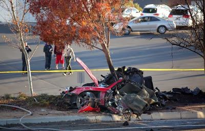 porsche carrera gt mort paul walker 4   Mort de Paul Walker dans un accident de voiture   porsche carrera photo Paul Walker mort incendie im...
