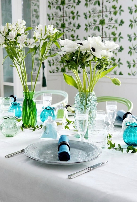 blue n greenWhite Flower, Dining Room, Tables Sets, Glasses, Parties, Blue Green, Fresh Flower, Summer Colors, Tables Decor
