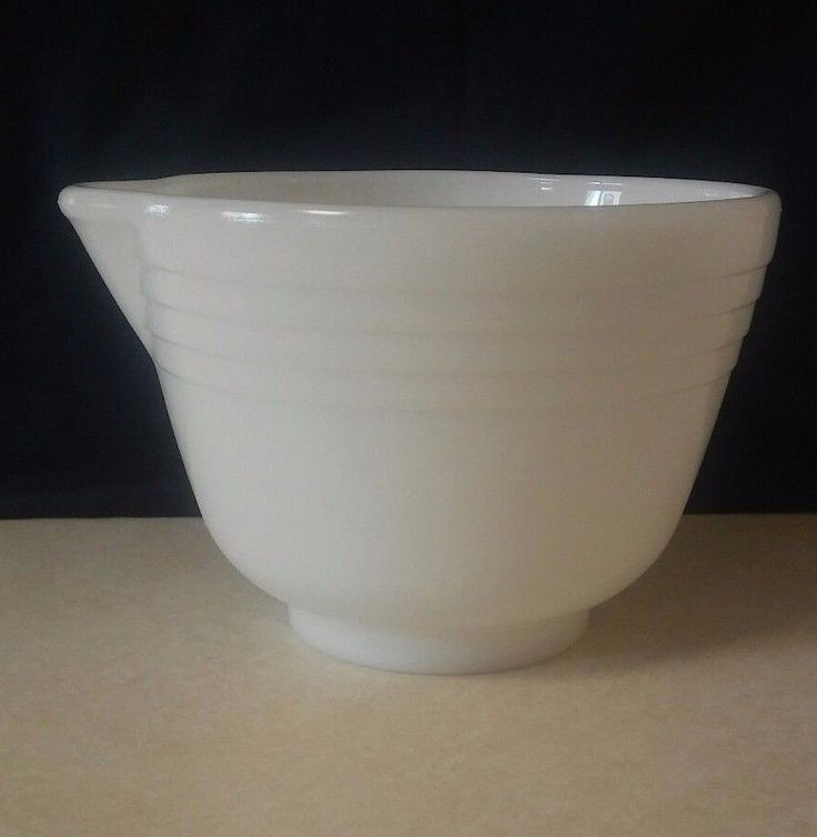 Vintage White Milk Glass Ribbed Electric Mixer Bowl with Pour Spout Small #28 #HamiltonBeach #MidCentury