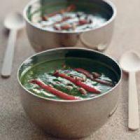 recept spinaziesoep paprika pijnboompitten