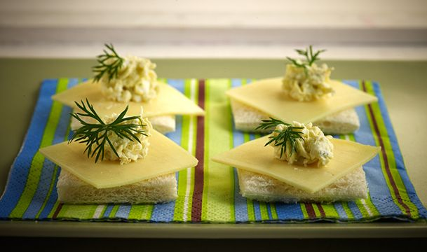 καναπεδακια τυριου