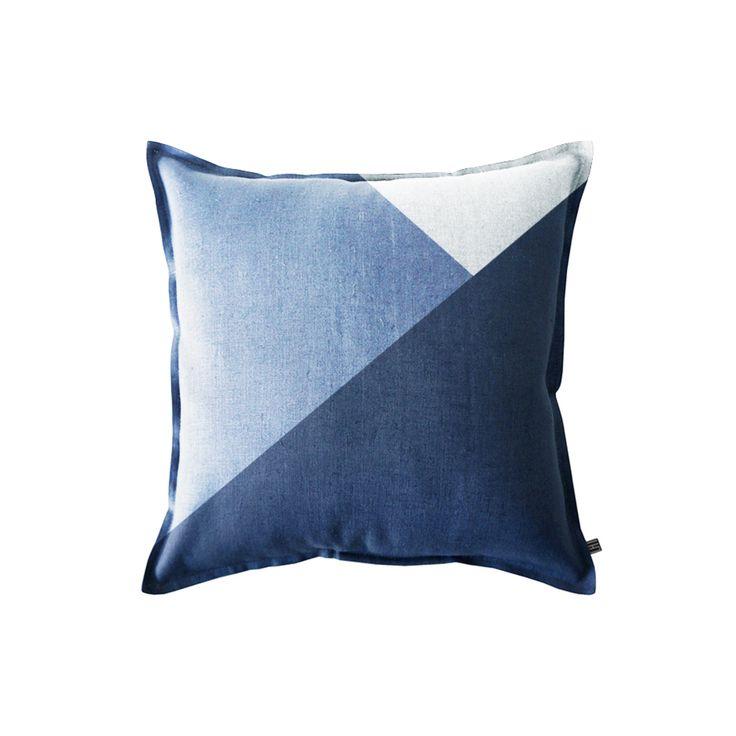 144 best kissen decken inneneinrichtung cushions blankets home decoration images on. Black Bedroom Furniture Sets. Home Design Ideas