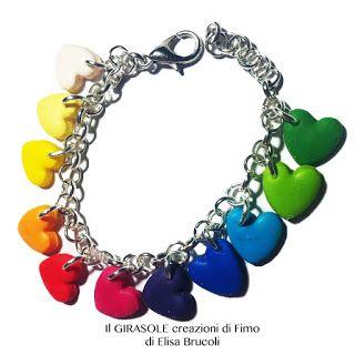 Braccialetto in catena metallica con cuori colorati in fimo