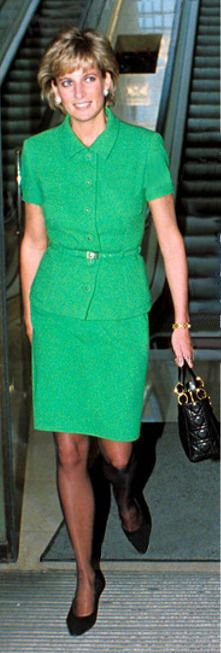 January 16, 1996: Princess Diana has lunch with Max Hastings (not in photo) who is the Editor of the Daily Mail at the Mail's offices in Kensington.