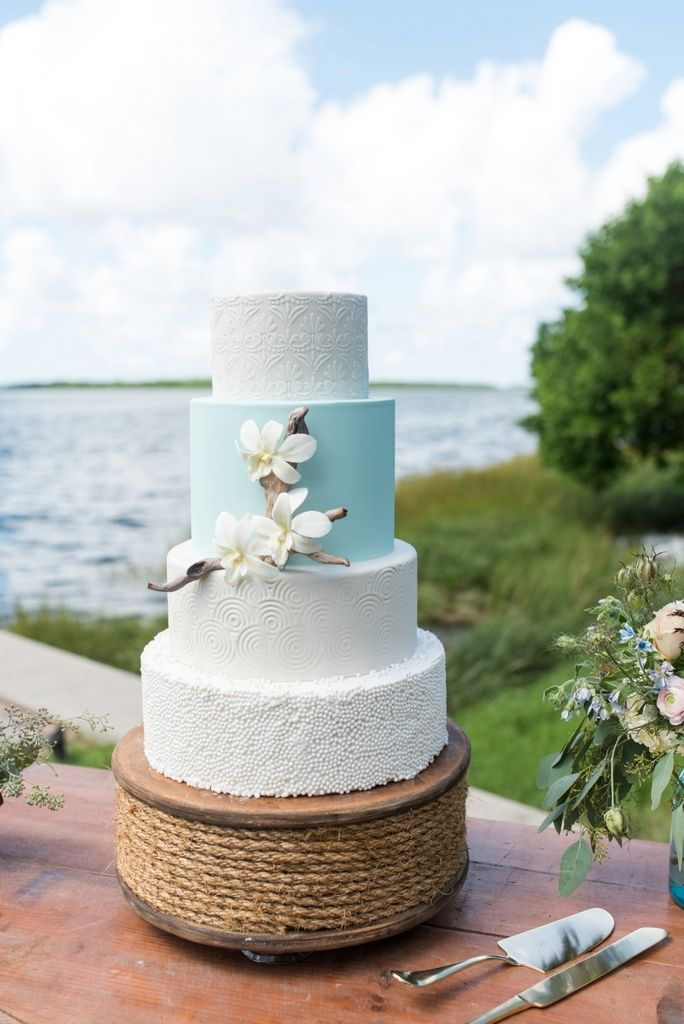 Blue and white classic cake. Coastal Wedding Inspiration with Dessy – KnotsVilla