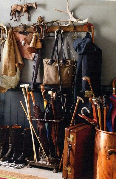 What Makes An English Country Mud Room