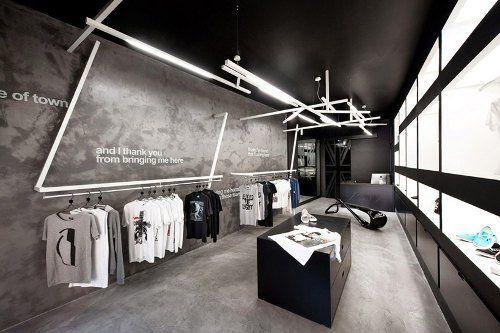 Tienda de ropa con decoración gráfica - http://www.decorationtrend.com/bedroom/tienda-de-ropa-con-decoracion-grafica/