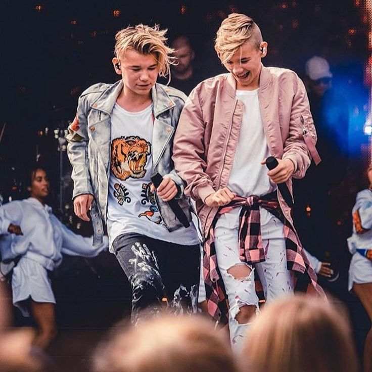 "Páči sa mi to: 124.3 tis., komentáre: 3,914 – Marcus & Martinus ♪ (@marcusandmartinus) na Instagrame: ""We always have fun on stage!! So excited for our concert in Bergen tomorrow"""