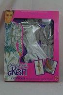 111 - Barbie playline fashion