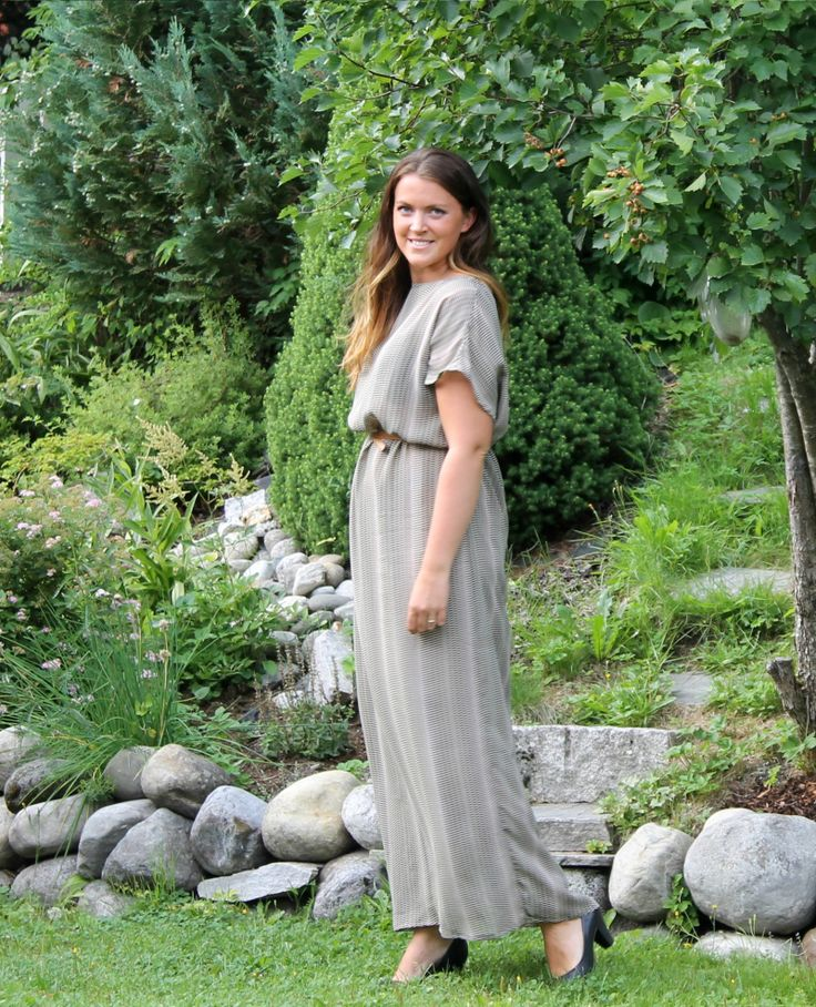 Kjole/Sydetselv (65 kr) - Stoff fraStoff & Stil- Mønster fraStoff & Stil- Se fremgangsmåteHER#sy...
