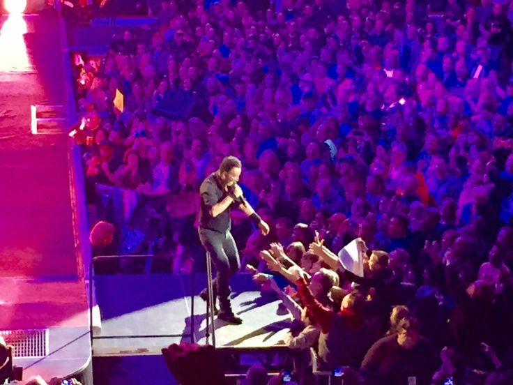 Bruce Springsteen announces UK stadium tour dates...: Bruce Springsteen announces UK stadium tour dates… #BruceSpringsteen