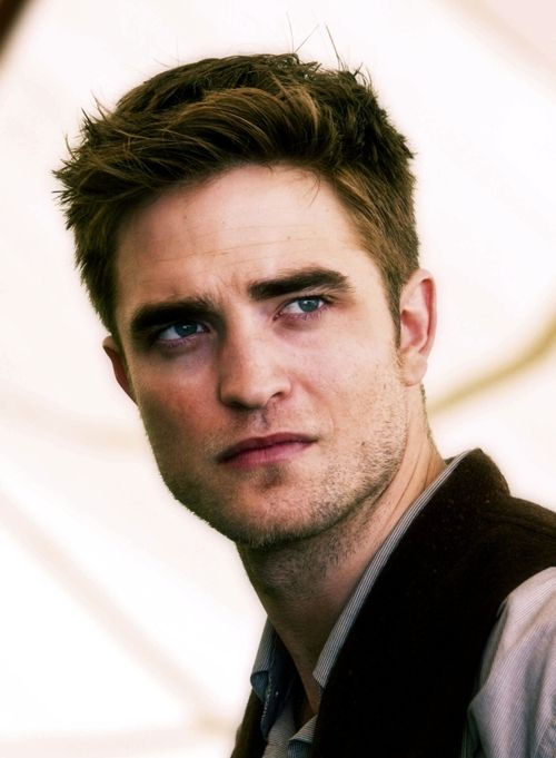 (1) Tumblr: Robertpattinson, Celebrity, Joe Lion, Robert Pattinson, Water For Elephants, Rob Pattinson, Movie, Beautiful People, Skin Colors