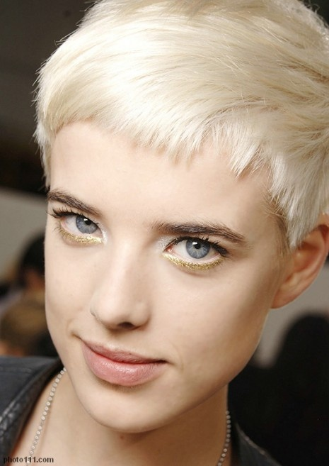 Agyness Deyn. and i want to be her!