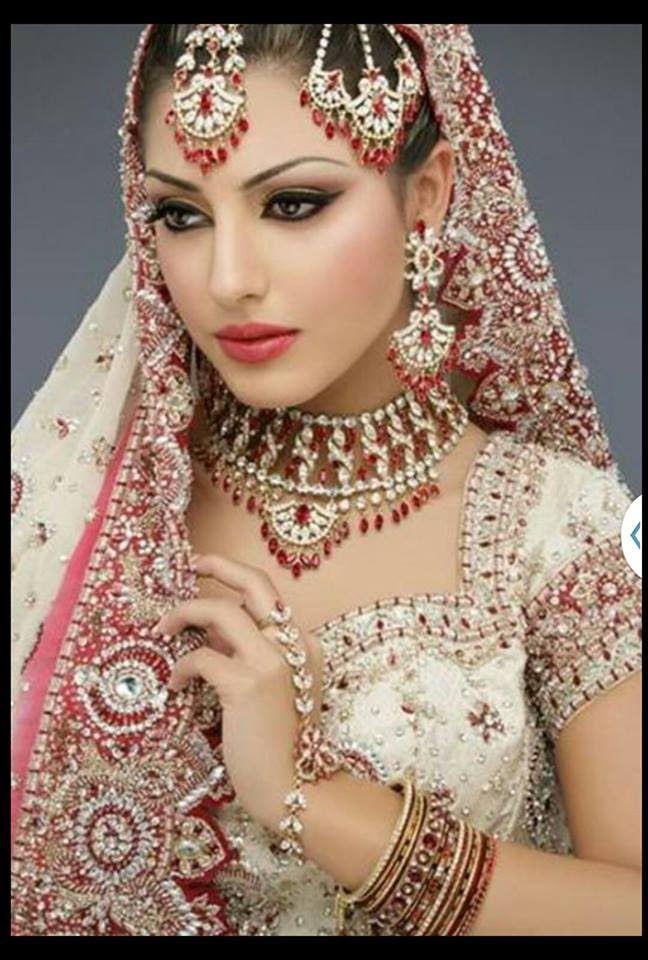 The most beautiful faces of the world / Les femmes le plus belles Visage...