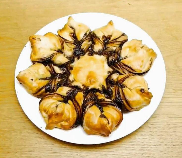 Ζαχαροπλαστική. Γλυκές... απολαύσεις απ'όλο τον κόσμο: Τσουρέκι γεμιστό με πραλίνα φουντουκιού