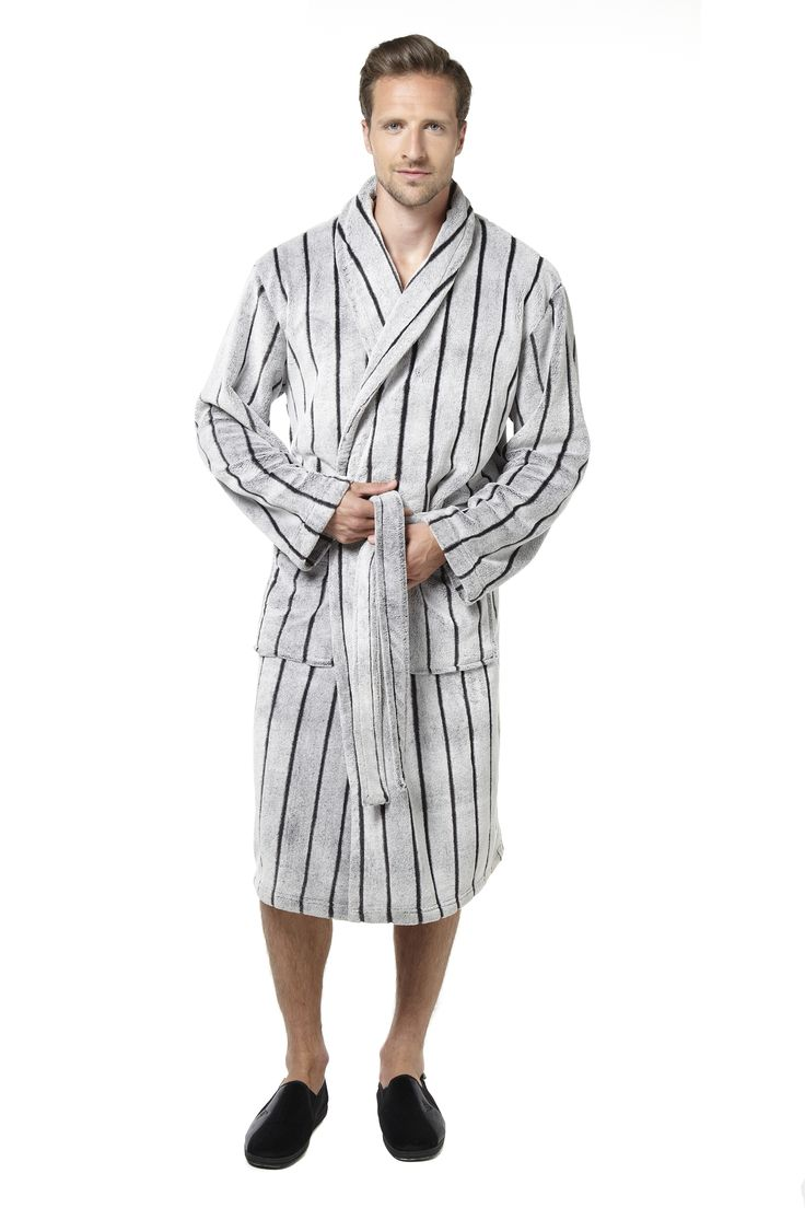 Super soft and cosy fleece robe with a generous and comfortable fit. Features two deep pockets and tie around the waist. 100% polyester. Length 120cm. Machine washable.