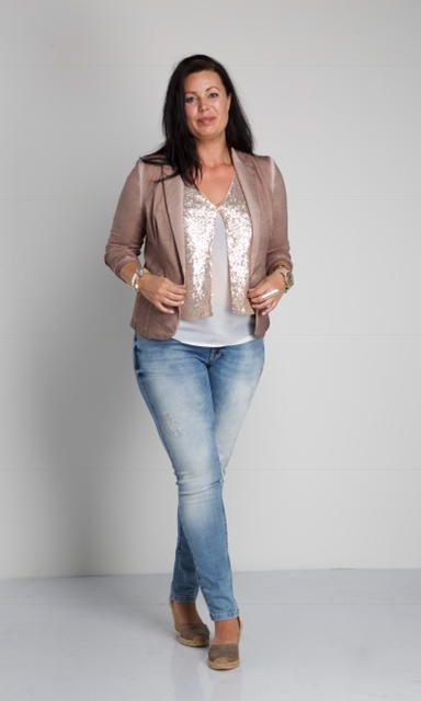 Zoey, jeans met top met pailletten, jasje, mode voorjaar 2017, grote maten