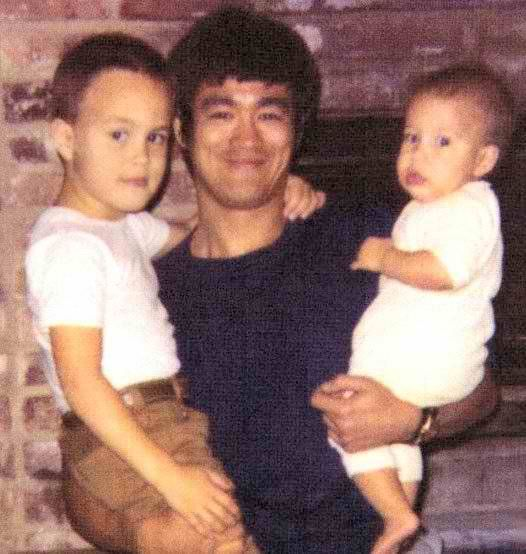 Bruce Lee with his children Brandon and Shannon