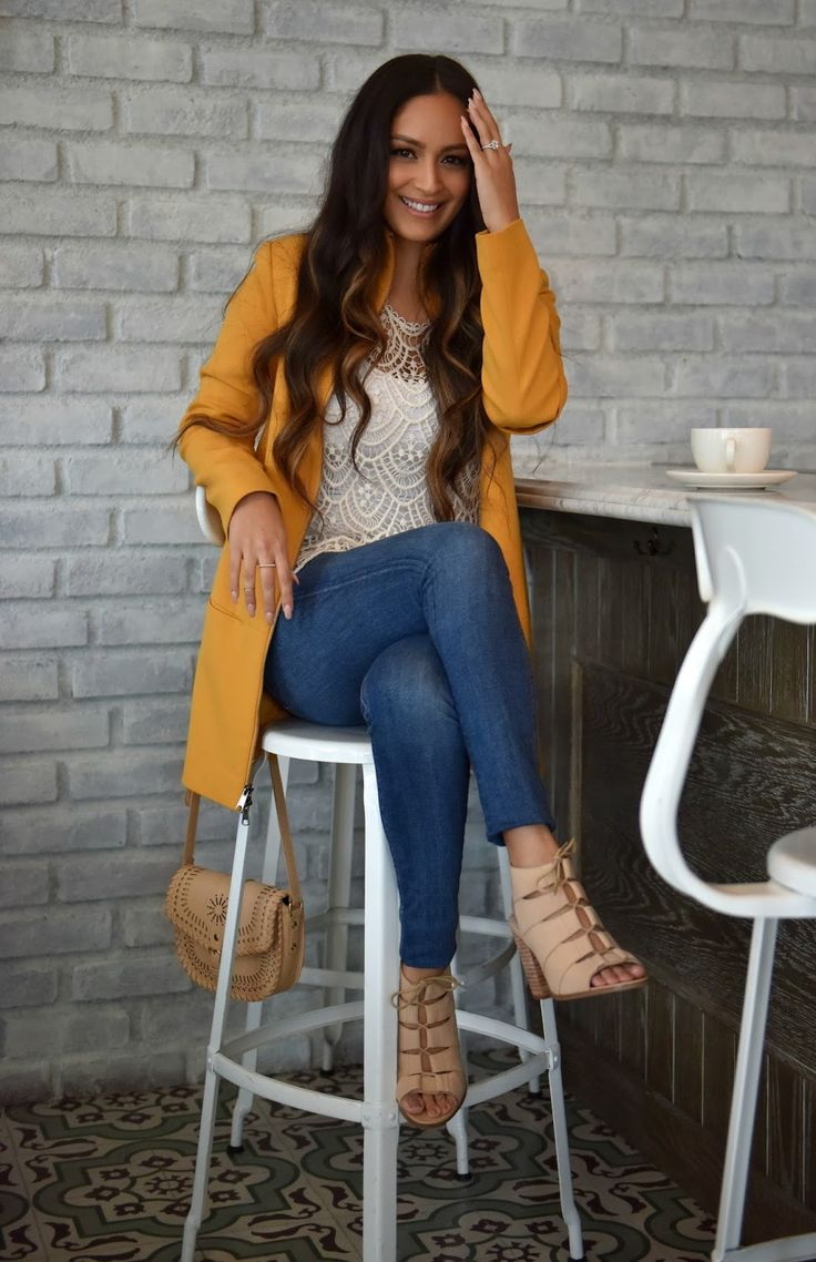 Vanessa Balli: Lace Details; Mustard Yellow Coat; Jeans<<I love the mustard yellow jacket & the shoes!