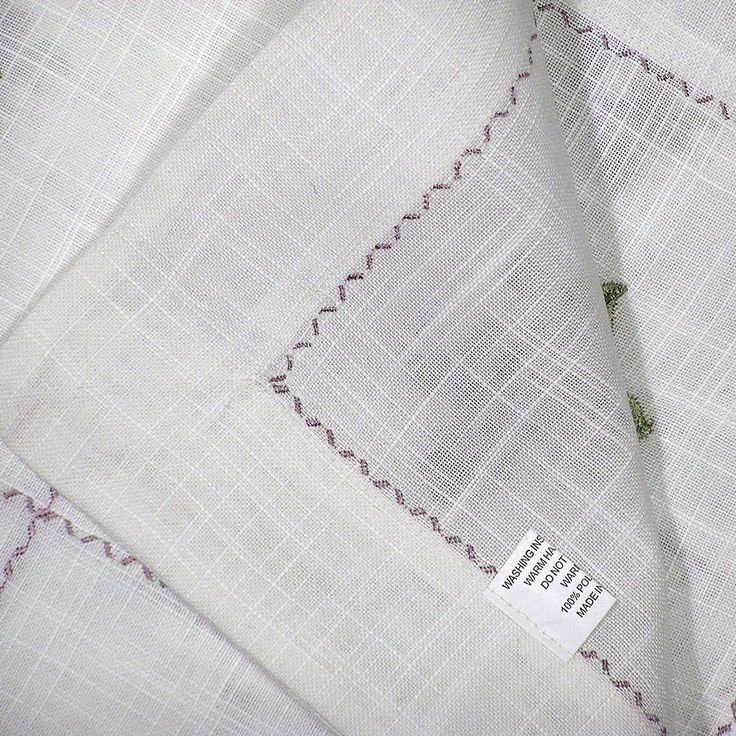 TABLE LINEN & ACCESSORIES Doilies Tablecloths Table Runners Table Coverings Placemats & Coasters Napkins