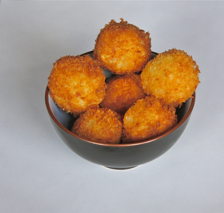 risotto cheese balls Had these at Olive Garden - delish!!!!
