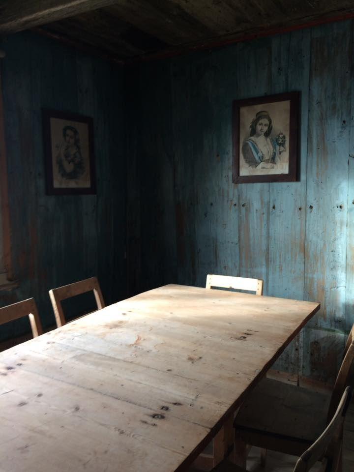 Antikk, brukt, gjenbruk, interiør, håndarbeid, restaurering av møbler, oppussing, hus i Frankrike - og ditt og datt....