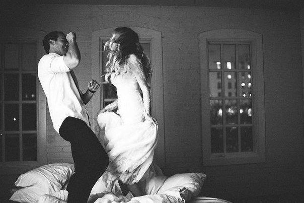 Хорошим браком можно считать тот, в котором в любой конкретный момент времени только один из партнеров является сумасшедшим.