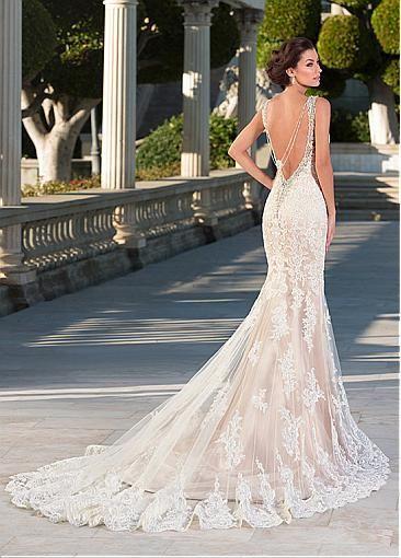 Impresionantes vestidos de novia de tul con cuello en V escote sirena con apliques de encaje #blowout