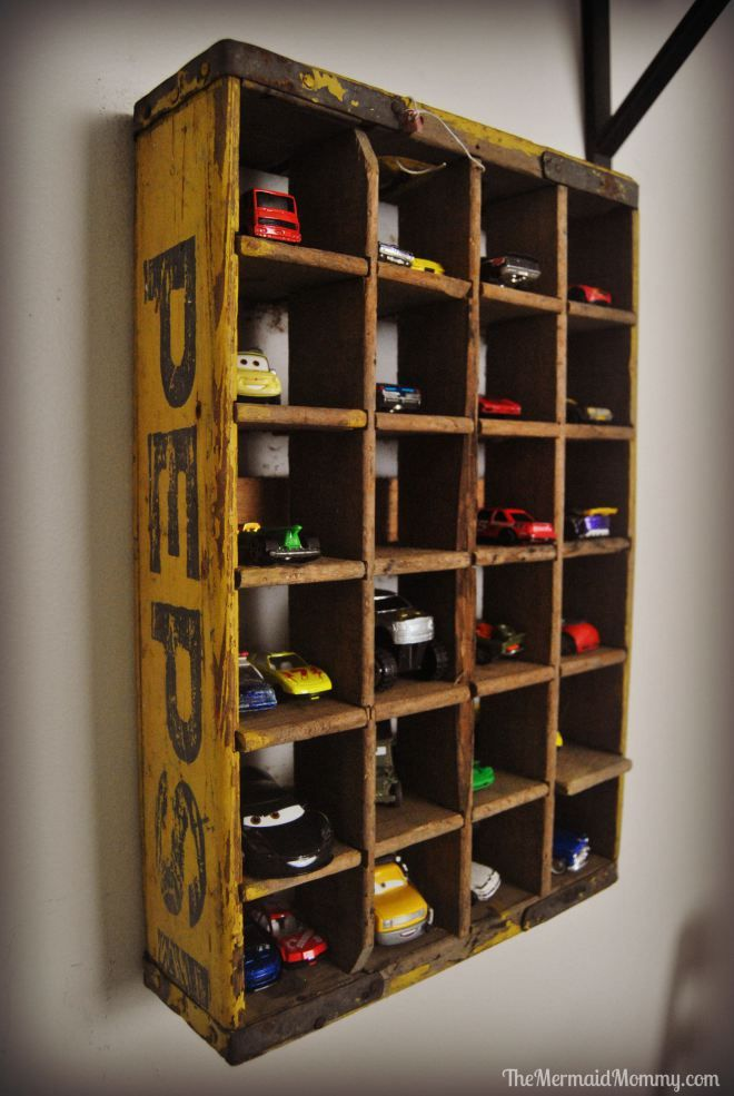 DSC_0506 vintage cars theme room boys themermaidmommy.com  pepsi crate shelf